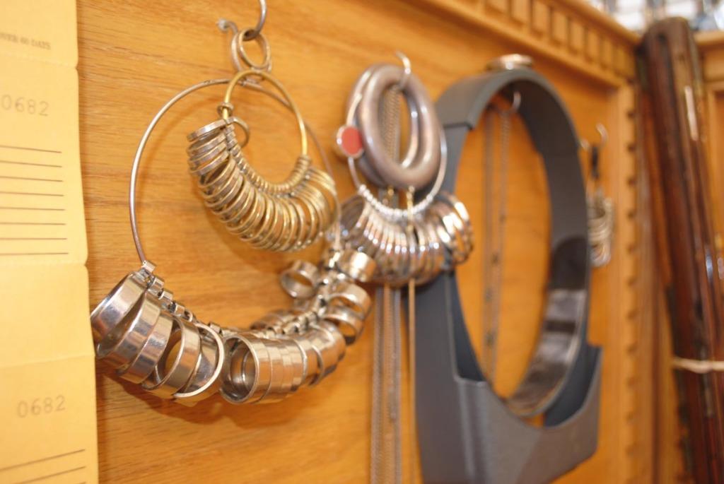 Buy Estate Engagement & Wedding Rings in Lansdale
